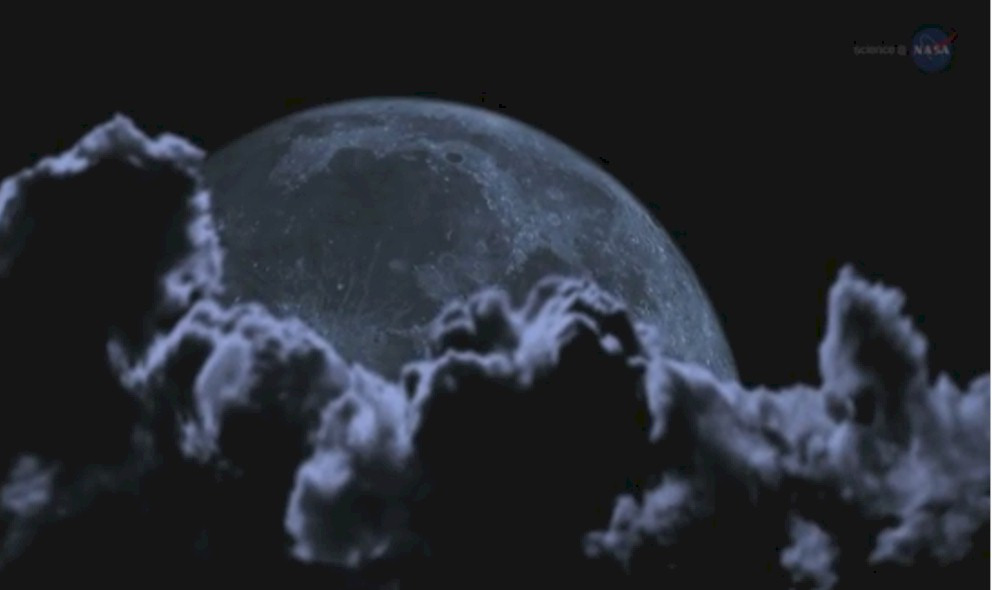 Blue Moon 2015 Today: Full Moon July 31 Prompts Peak Time Debate