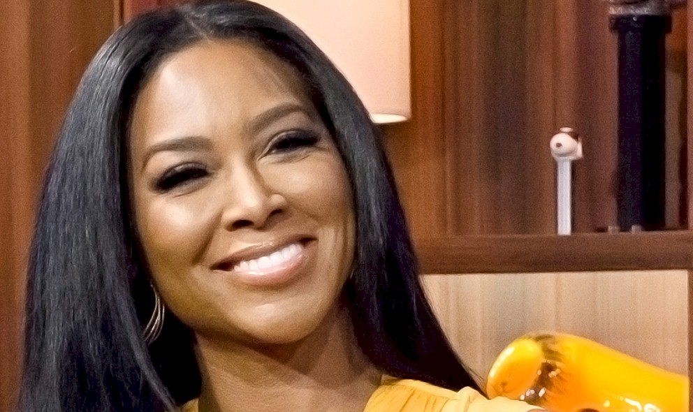 Kenya Moore Pregnant, Baby Daddy? Plus, Brandon DeShazer Tweet: EXCLUSIVE
